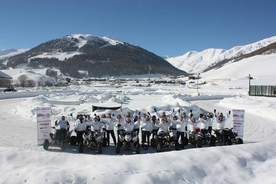 Presentación del Forward Racing Team en Livigno